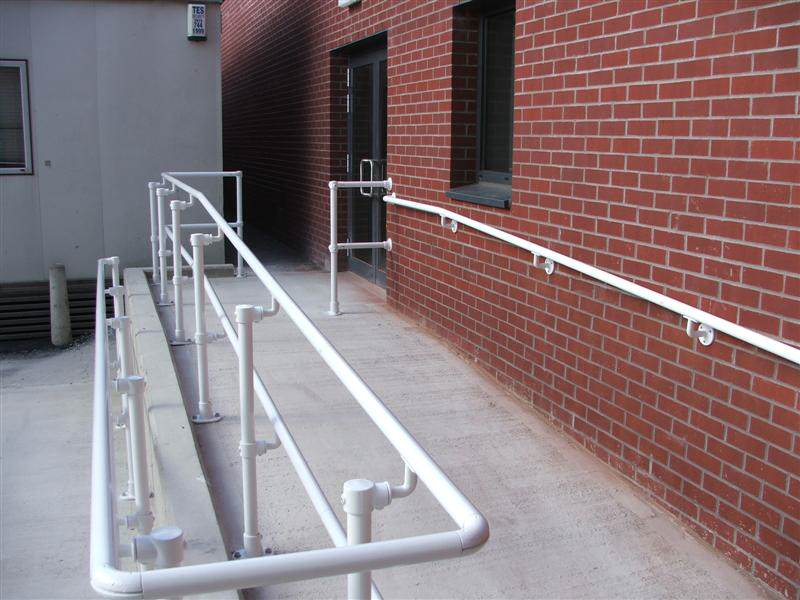 irish_fencing__railings_ltd._-kee_safety_range__m06_kee_access_barriers_complying__with_eu_stds_4_medium