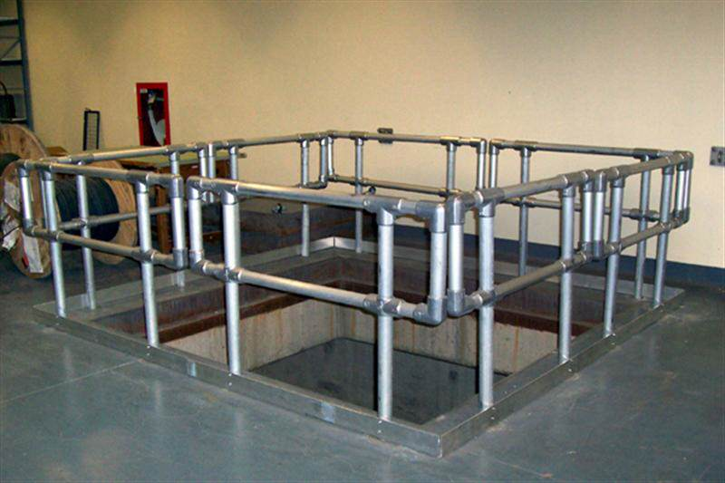 irish_fencing__railings_ltd_kee_safety_range__m05_kee_lite_aluminium__safety_barrier_2_medium