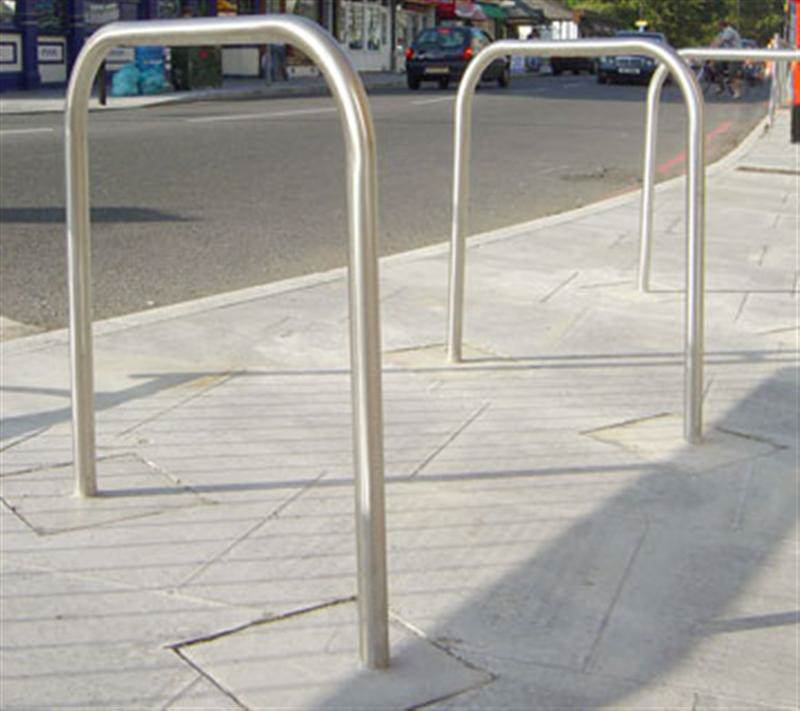 irish_fencing_and_railings_ltd._l03_-_cycle_racks_and_sheds_15._jpg_medium