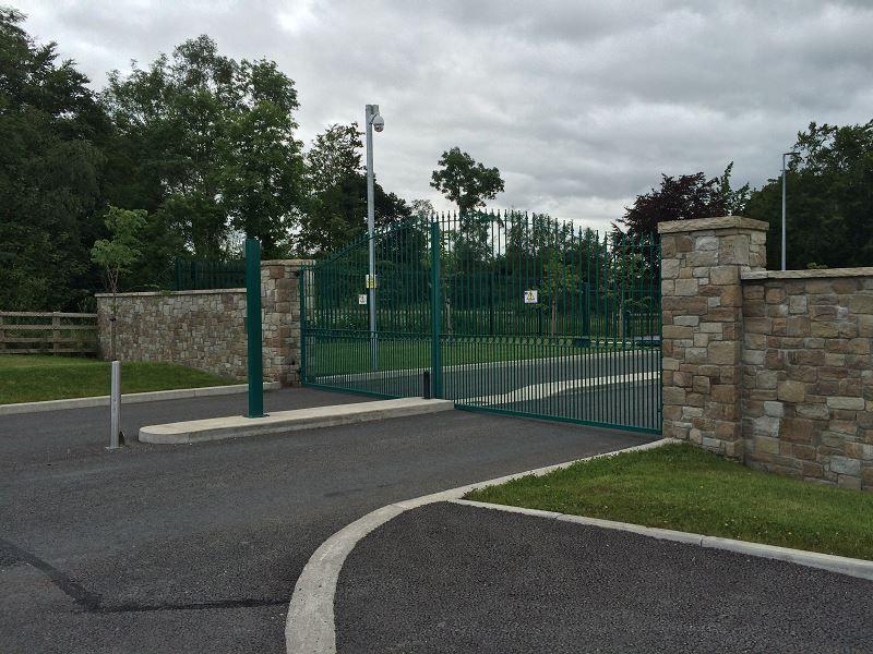 Entrance-Gates-Tullamore-Dew-Distillery-6
