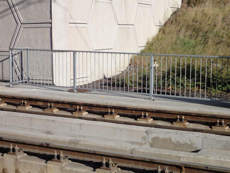 F01-Pedestrian-Guardrail-PG1-20
