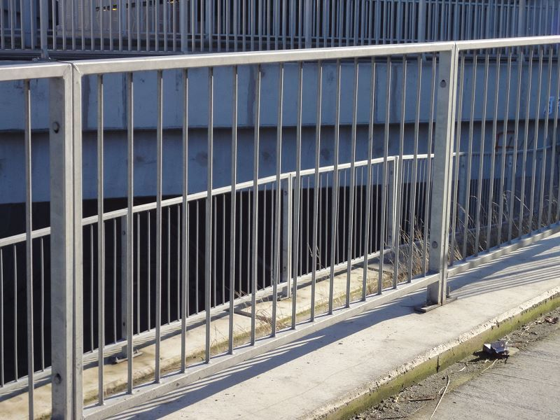 F01-Pedestrian-Guardrail-PG1-24