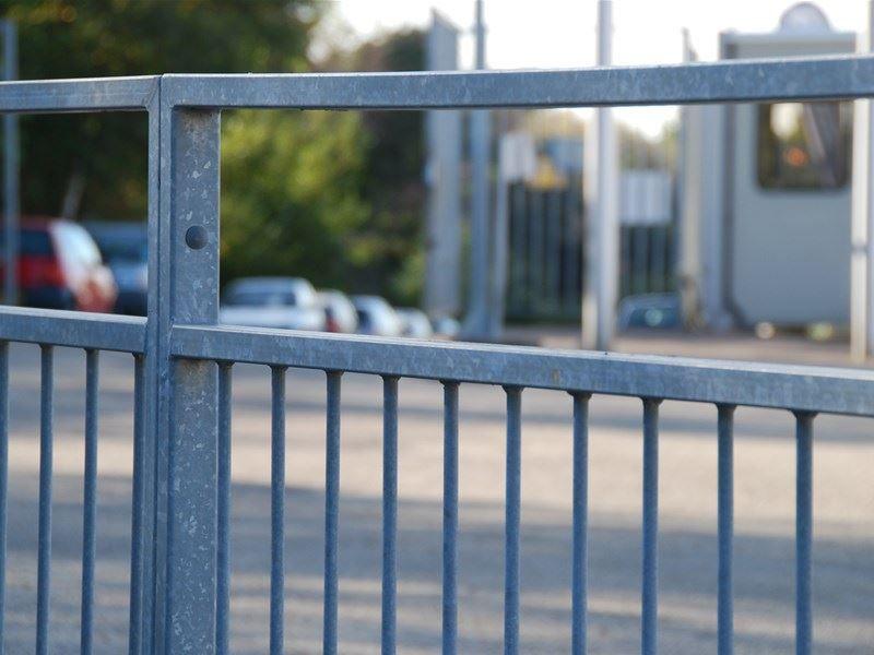 F02-Pedestrian-Guardrail-PG2-51
