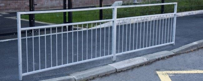 F02-Pedestrian-Guardrail-PG2-52