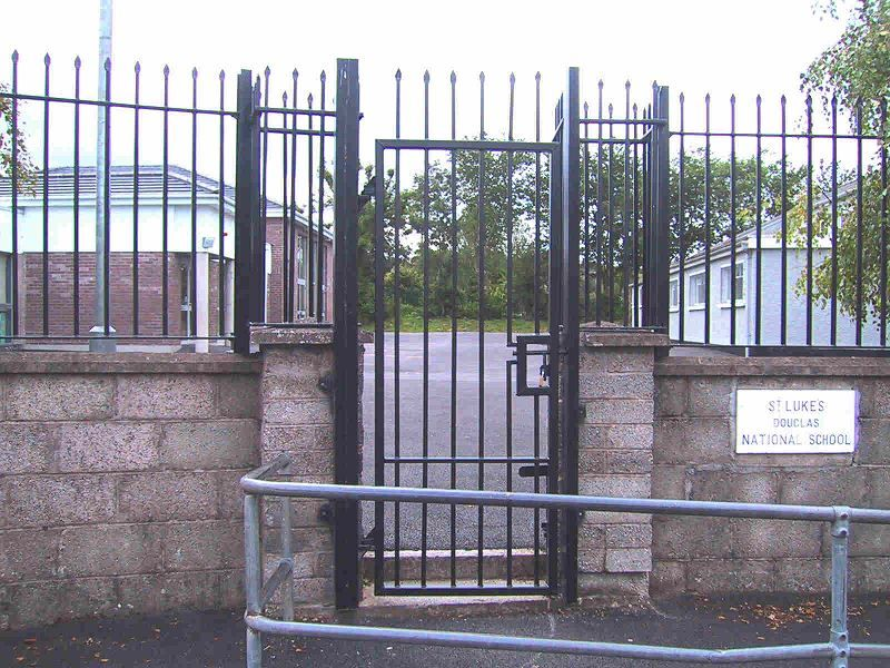 Irish-Fencing-Railings-Ltd-Gates-Range-G01-Single-Leaf-Swing-7