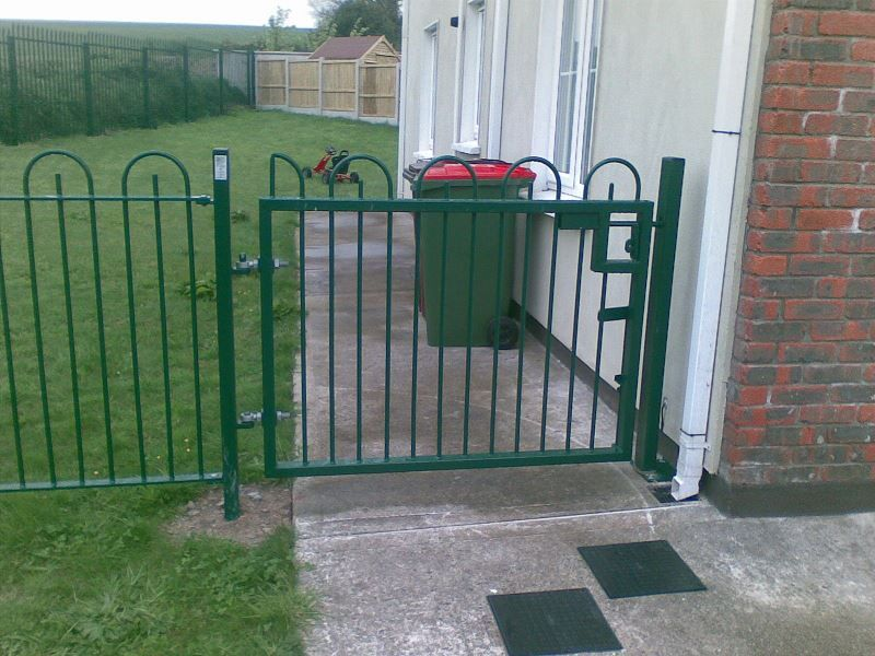 Irish-Fencing-Railings-Ltd-Gates-Range-G01-Single-Leaf-Swing-9