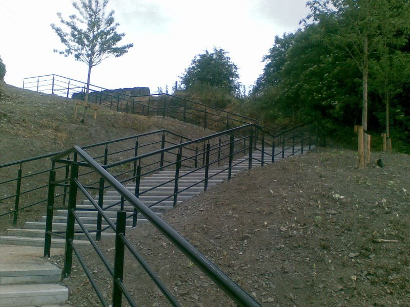 Irish-Fencing-Railings-Ltd.-Barriers-Range-F06-Irfen-Handrail-31