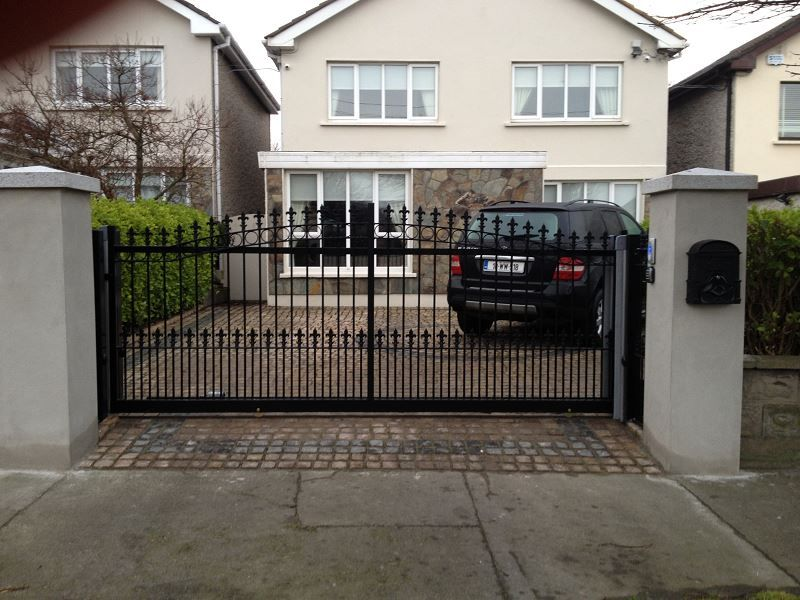 Irish-Fencing-Railings-Ltd.-Gates-Range-G11-–-Domestic-Gates-106