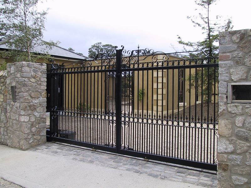 Irish-Fencing-Railings-Ltd.-Gates-Range-G11-–-Domestic-Gates-112