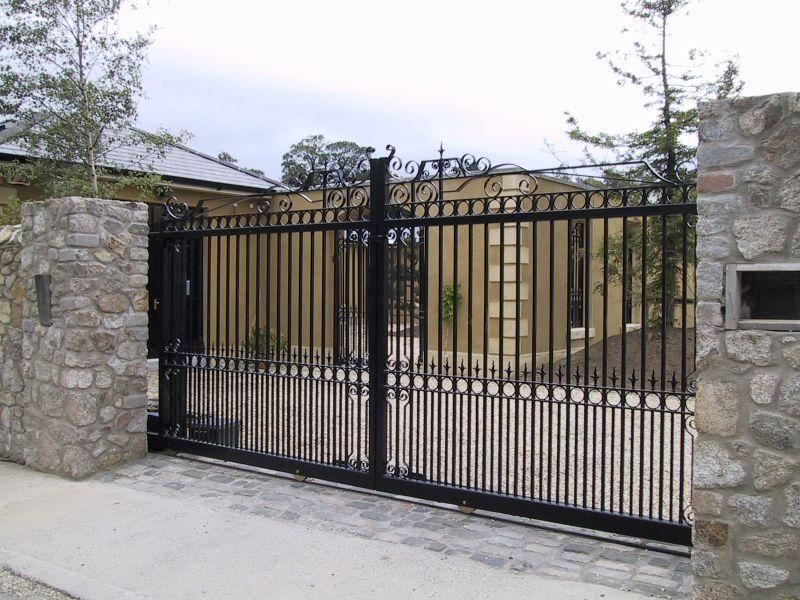 Irish Fencing Railings Ltd. Gates Range G11 – Domestic Gates 128