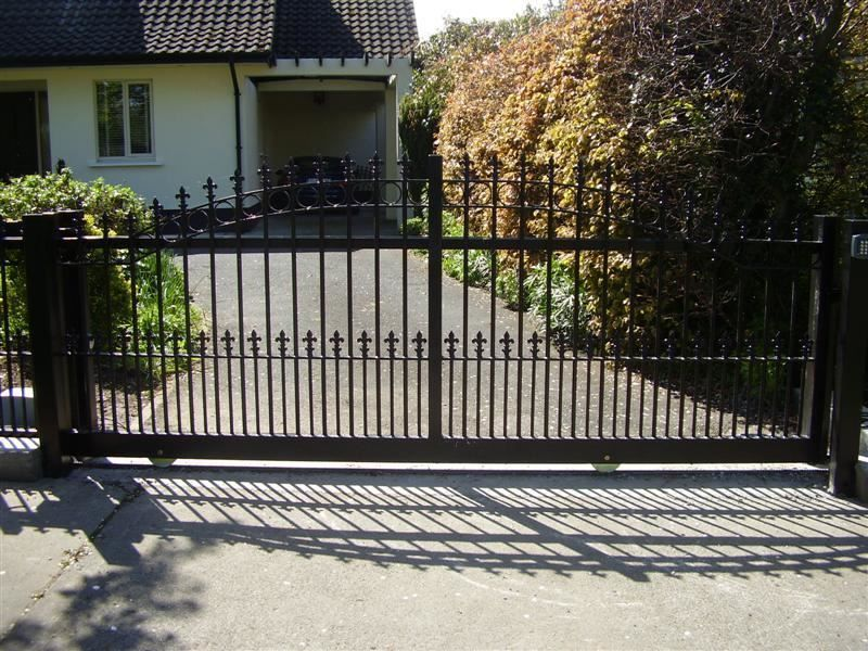 Irish-Fencing-Railings-Ltd.-Gates-Range-G11-–-Domestic-Gates-134