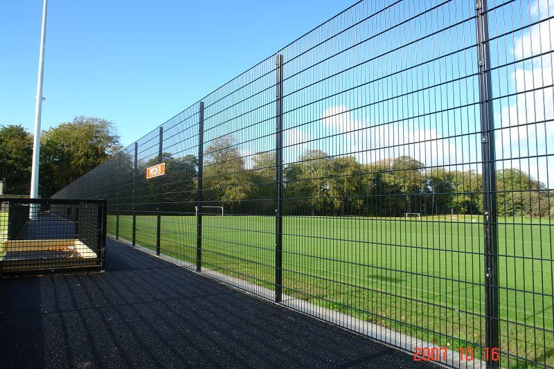 Irish Fencing & Railings Ltd. Mesh Perimeter Range B01 -656 Sports Mesh (16)