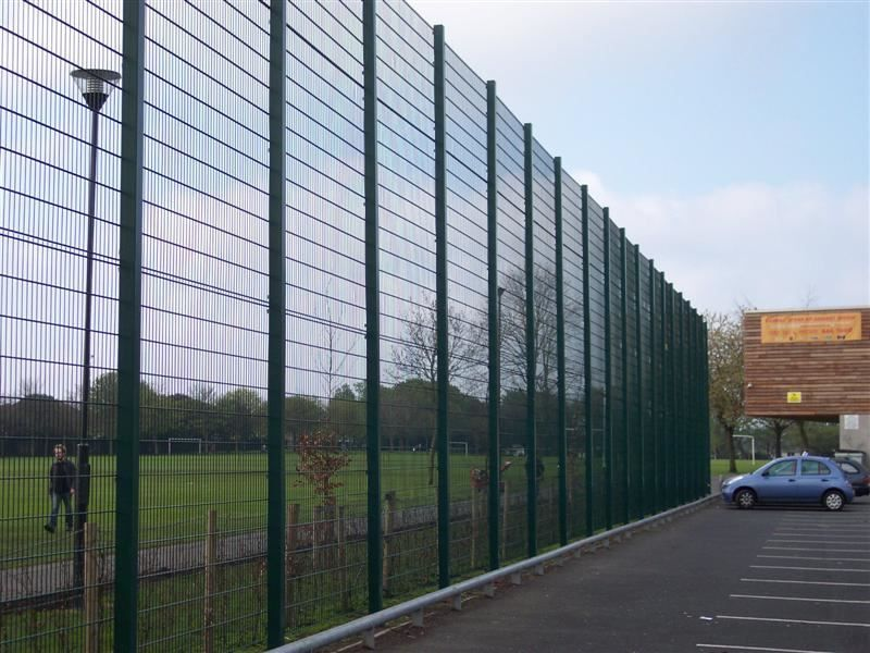 Irish Fencing & Railings Ltd. Mesh Perimeter Range B01 -656 Sports Mesh (29)