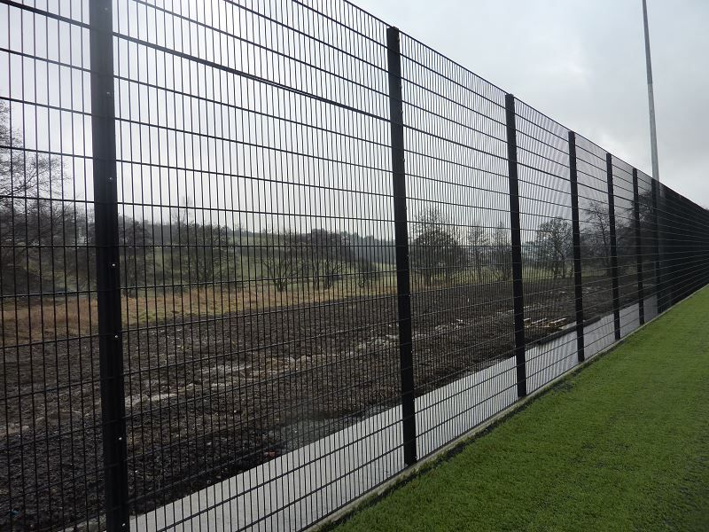 Irish Fencing & Railings Ltd. Mesh Perimeter Range B01 -656 Sports Mesh (33)