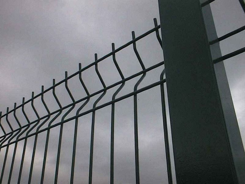 Irish-Fencing-Railings-Ltd.-Mesh-Perimeter-Range-Kylemore-200x50mm-V-Mesh-161