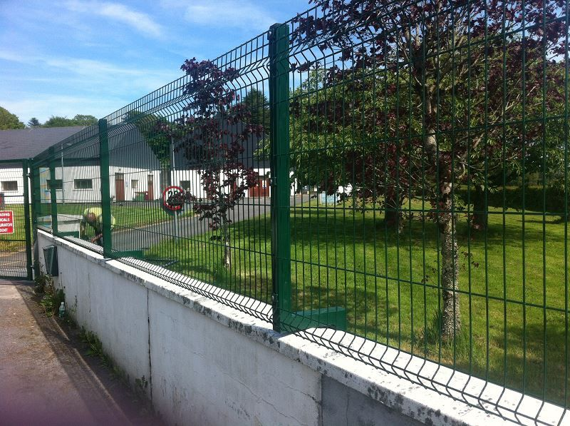 Irish-Fencing-Railings-Ltd.-Mesh-Perimeter-Range-Kylemore-200x50mm-V-Mesh-18