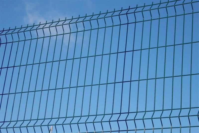 Irish-Fencing-Railings-Ltd.-Mesh-Perimeter-Range-Kylemore-200x50mm-V-Mesh-19