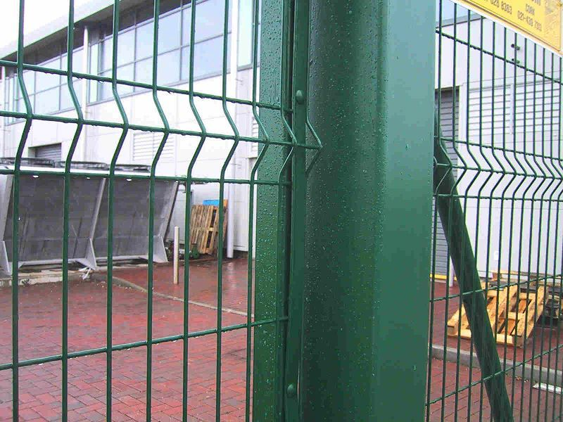 Irish-Fencing-Railings-Ltd.-Mesh-Perimeter-Range-Kylemore-200x50mm-V-Mesh-241