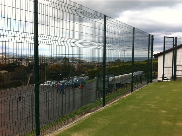 Irish-Fencing-Railings-Ltd.-Mesh-Perimeter-Range-Kylemore-200x50mm-V-Mesh-28