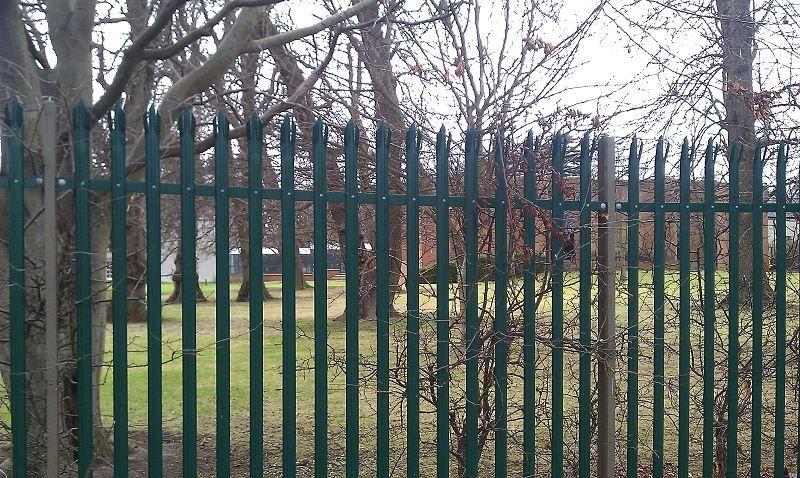 Irish-Fencing-Railings-Ltd.-Palisade-Range-E01-Kit-Form-4