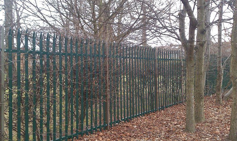 Irish-Fencing-Railings-Ltd.-Palisade-Range-E01-Kit-Form-6