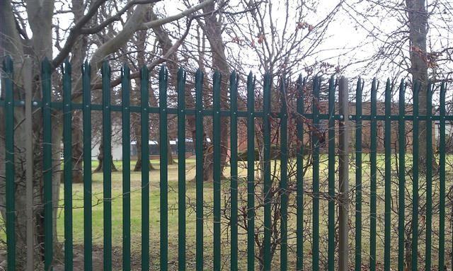 Irish-Fencing-Railings-Ltd.-Palisade-Range-E01-Kit-Form-7