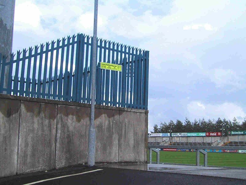 Irish-Fencing-Railings-Ltd.-Palisade-Range-E02-Standard13