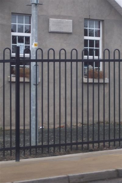 Irish-Fencing-Railings-Ltd.-Railings-Range-C017-Contour-22-
