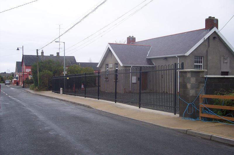 Irish-Fencing-Railings-Ltd.-Railings-Range-C017-Contour-6