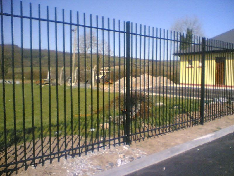 Irish-Fencing-Railings-Ltd.-Railings-Range-C08-Solid-Square-Bar-14-7
