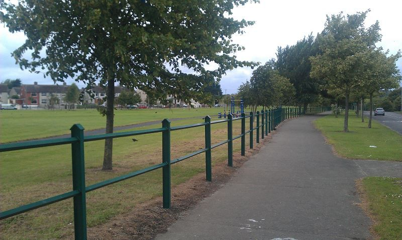 Irish-Fencing-Railings-Ltd.Barriers-F10-PARKLAND-BARRIER-111