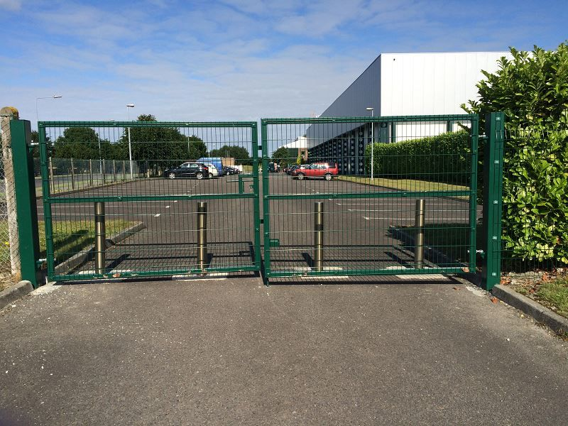 Irish_Fencing_Services_Swing Gate