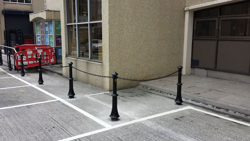 L01-Street-Furniture-Bollard-24