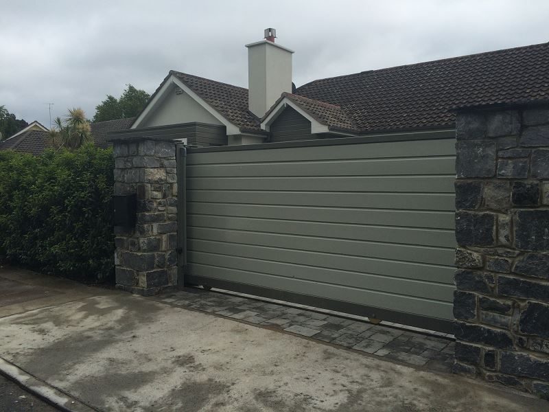 Irish Fencing-Automated-steel-Clad-Gate