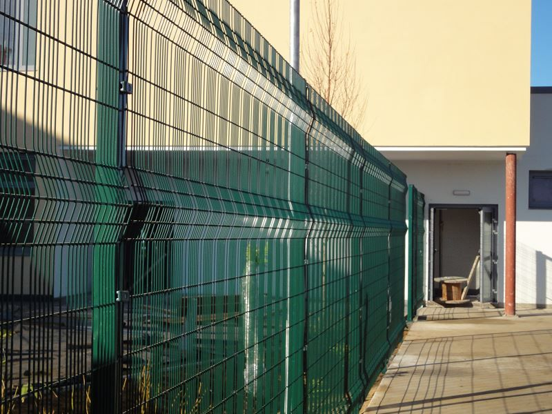 Irish-Fencing-Railings-Ltd.-Mesh-Perimeter-Range-A04-Paladin-10