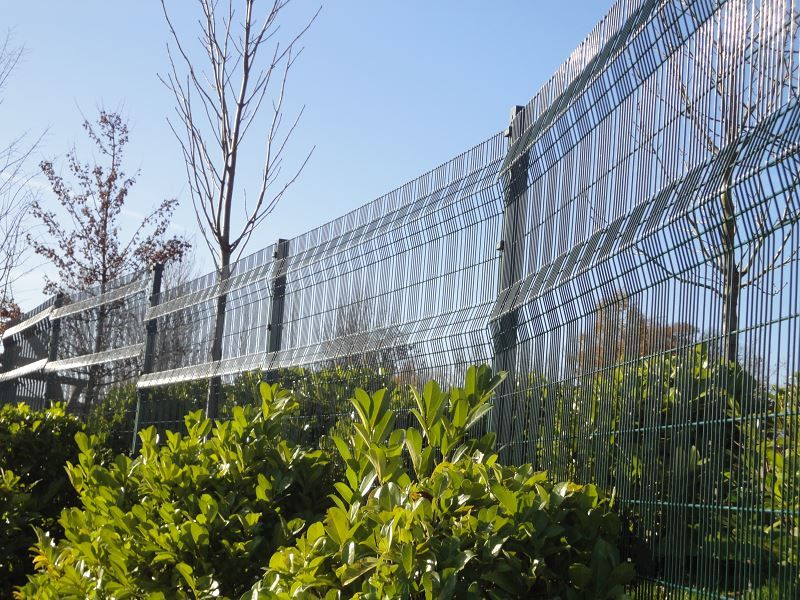 Irish-Fencing-Railings-Ltd.-Mesh-Perimeter-Range-A04-Paladin-14