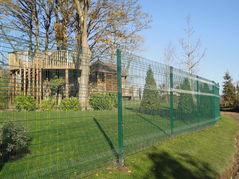 Irish-Fencing-Railings-Ltd.-Mesh-Perimeter-Range-A04-Paladin-4