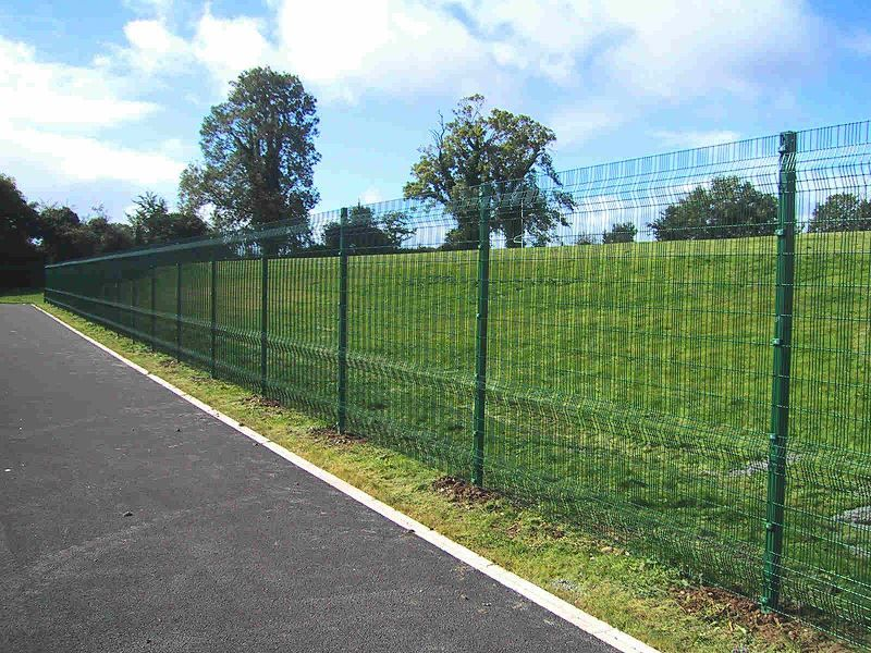 Irish-Fencing-Railings-Ltd.-Mesh-Perimeter-Range-A04-Paladin-7