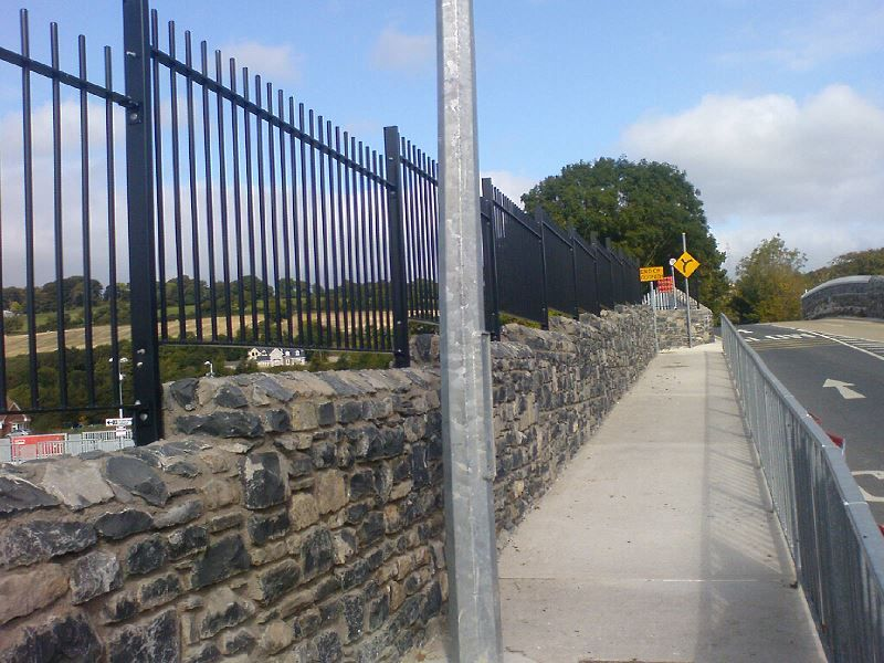 Irish-Fencing-Railings-Ltd.-Railings-Range-C01-Solid-Round-Bar-Railings-90