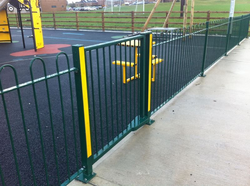 Irish-Fencing-Railings-Ltd.-Railings-Range-C06-Steel-Bow-Top-Railings-Playsp-14