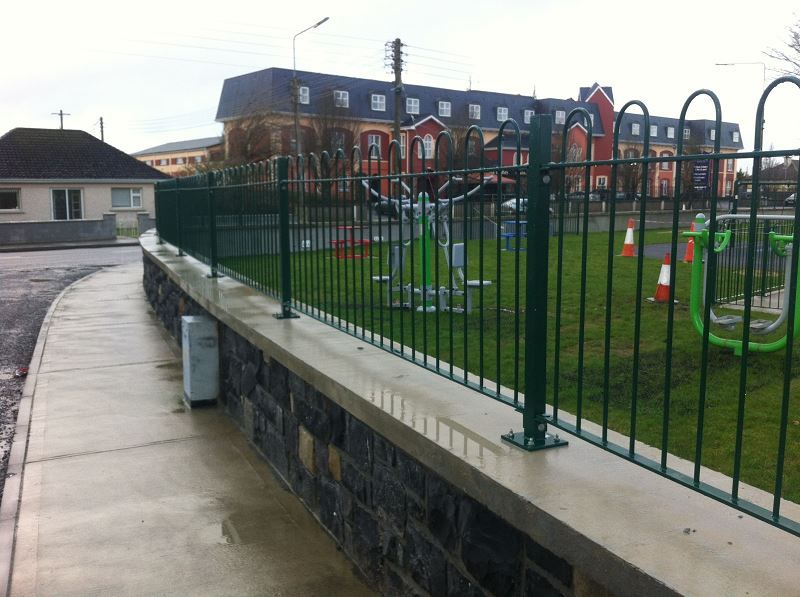 Irish-Fencing-Railings-Ltd.-Railings-Range-C06-Steel-Bow-Top-Railings-Playsp-3