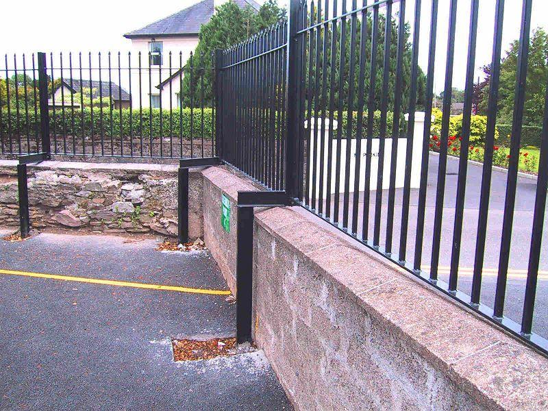 Irish-Fencing-Railings-Ltd.-Railings-Range-C09-Provinces-Range-Leinster-85-