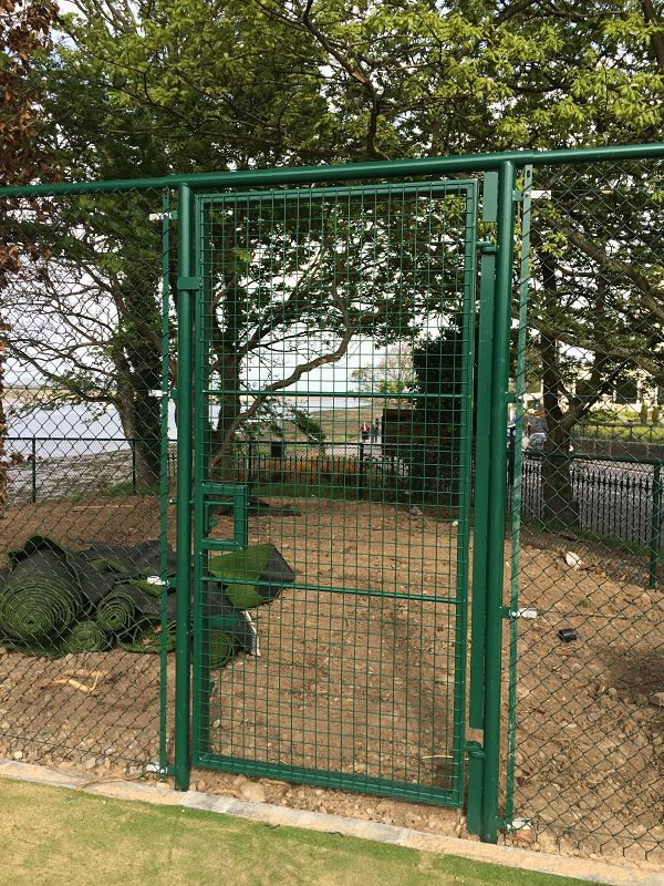 Irish-Fencing-Railings-Ltd.Mesh-Perimeter-Range-A06-Chainlink-33-1