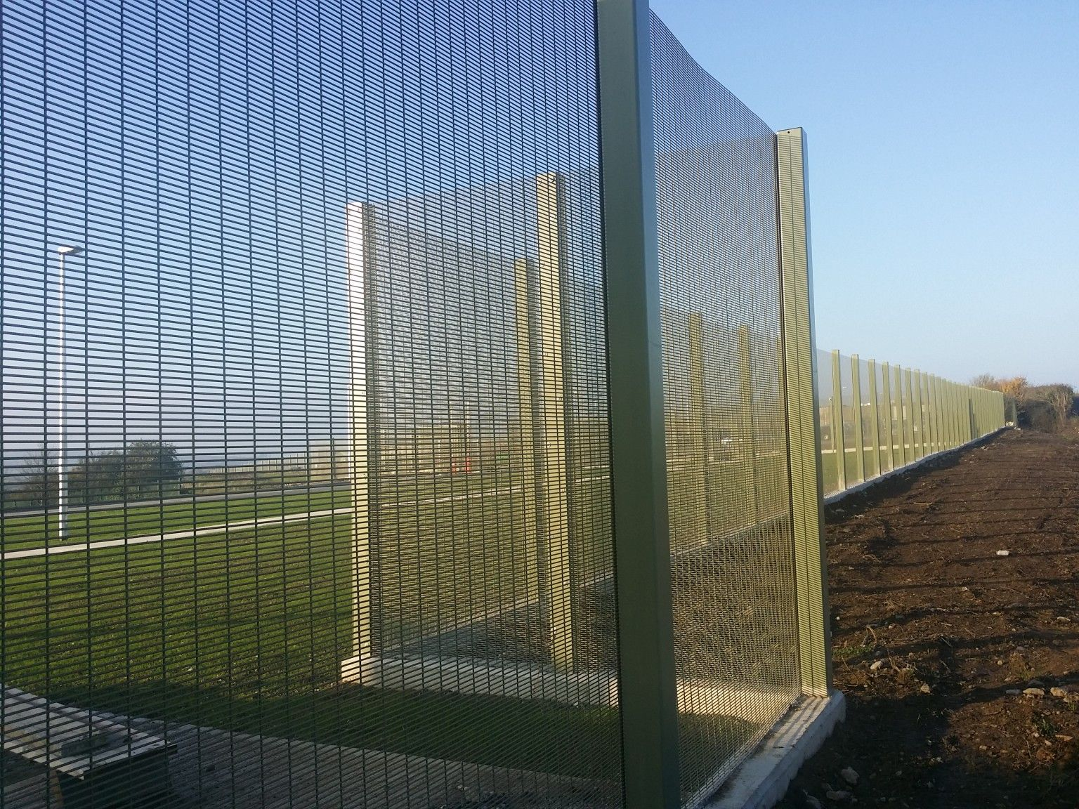 Irish Fencing & Railings Ltd. Mesh Perimeter Range A05 -358 Mesh (100)