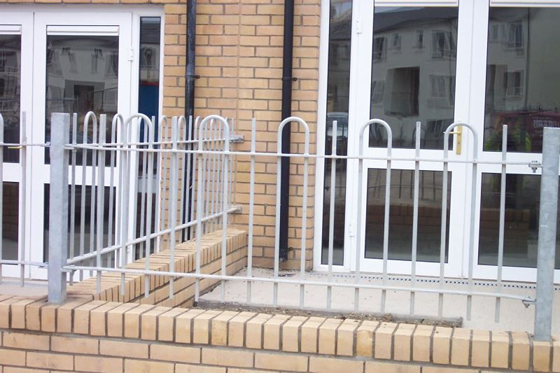 Irish Fencing & Railings Ltd. Railings Range C05 -Bar and  Bow Top Railings 01