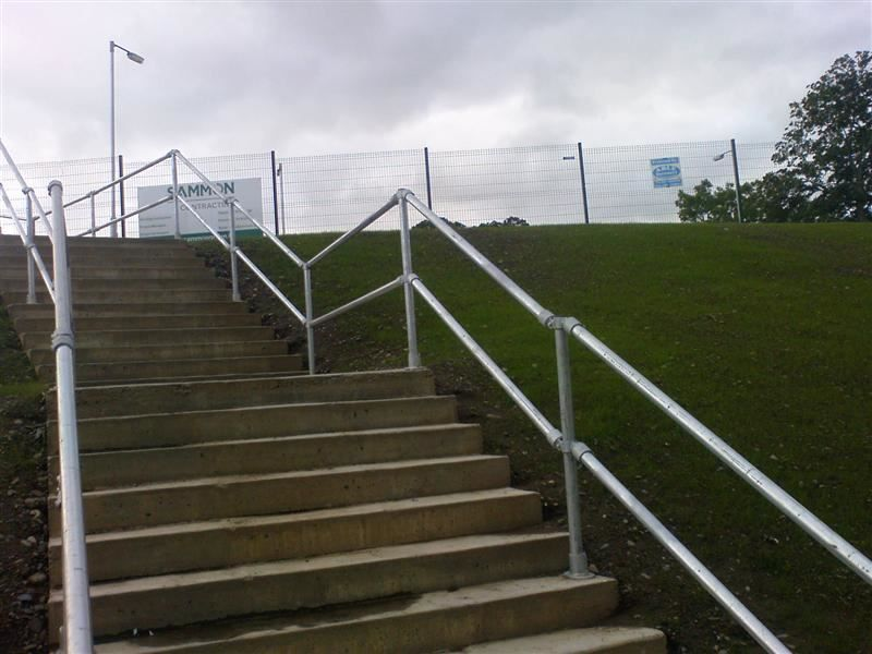 Irish Fencing & Railings Ltd. -Kee Safety Range  M06 Kee Access Barriers  (22)
