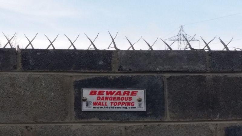 Wall Spike