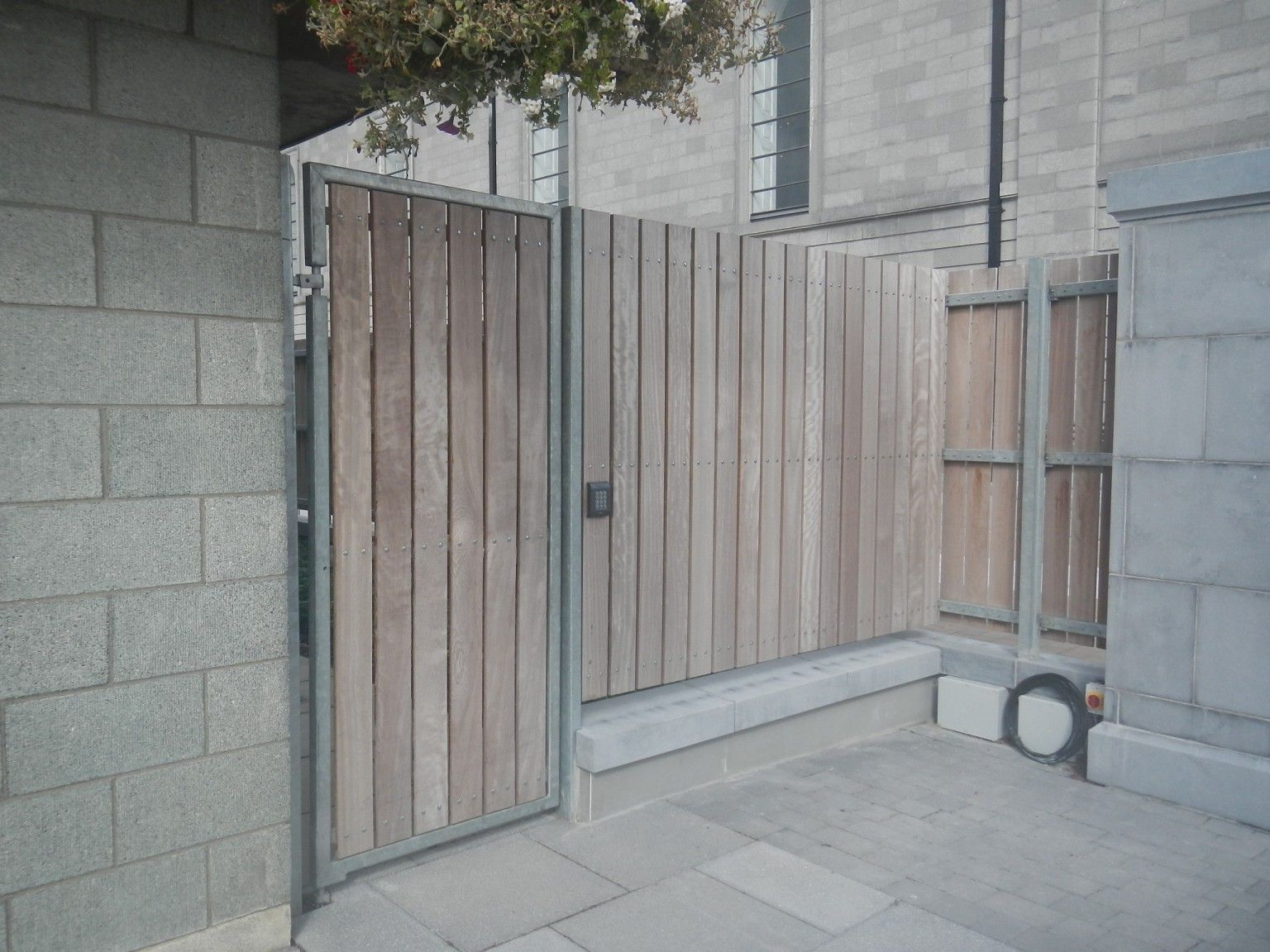 Irish Fencing- Hardwood Timber Fence  (3)
