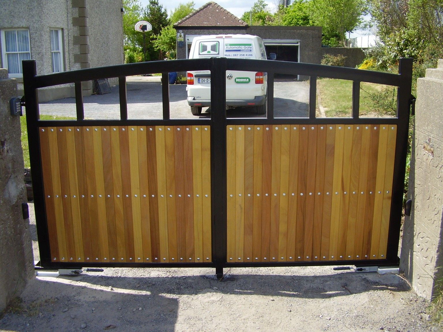 Irish Fencing and Railings- K02- Timber Domestic Gates 08 (10)
