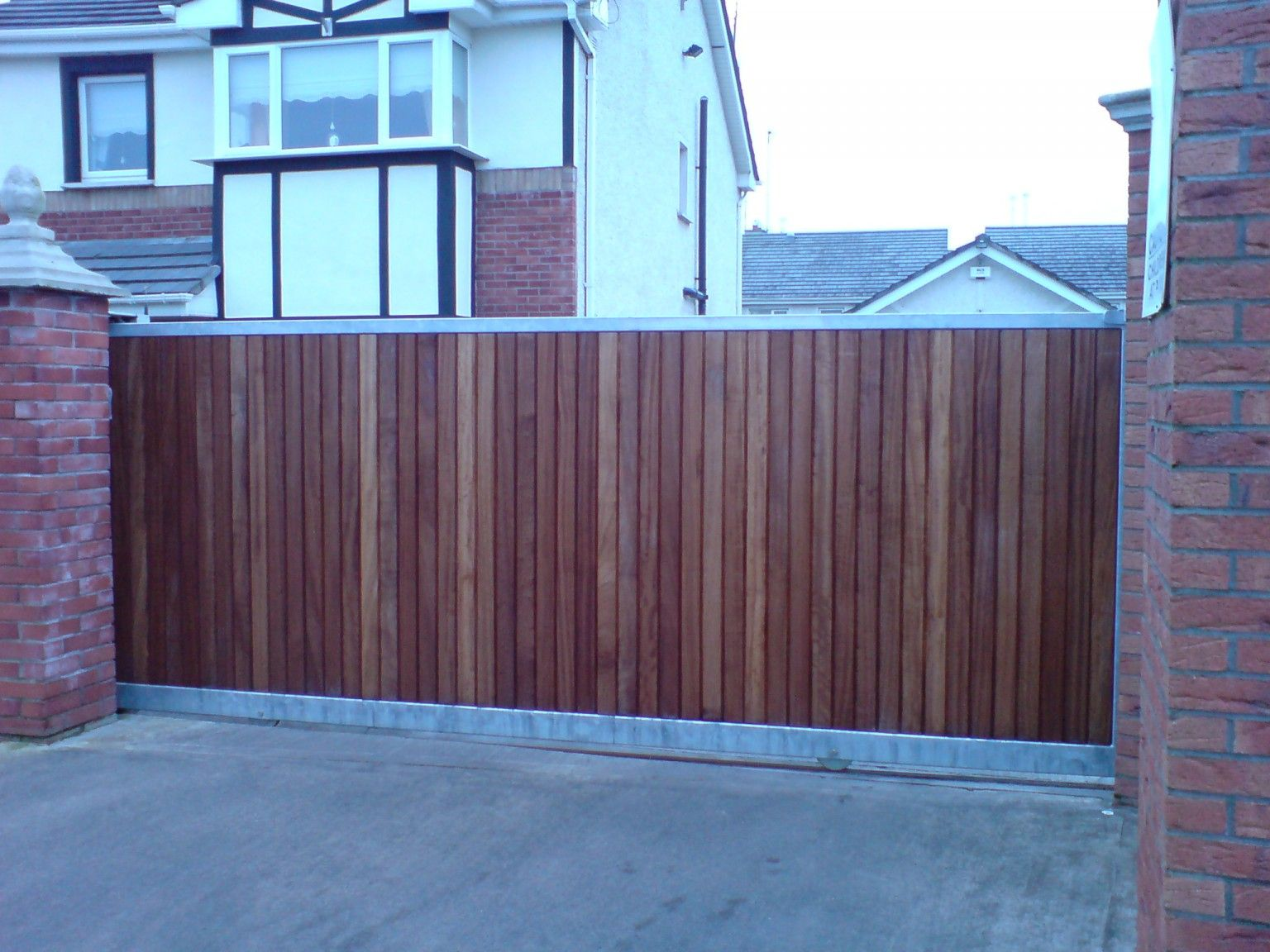 Irish Fencing and Railings- K02- Timber Domestic Gates 08 (3)